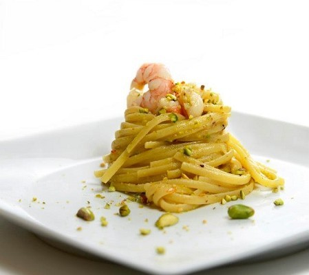 Linguine Con Gamberi E Pesto Di Pistacchi Mangiare Bene